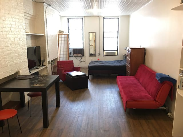 Nice Studio Apartment on Lower East Side-By Subway
