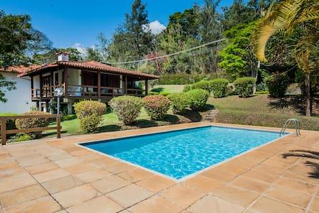 Casa ideal na Serra - Confortável e Aconchegante - Petrópolis