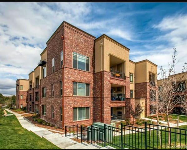 Upscale, Fully Loaded 2 Bed/2Bath in DTC (*7201) - Englewood - Apartamento