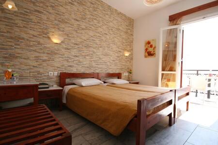 HOTEL ILIOVASILEMA - Naxos