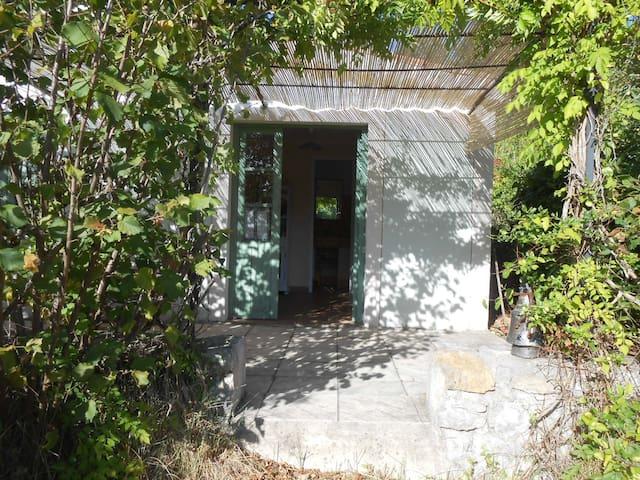le petit cabanon - Sisteron - Guesthouse