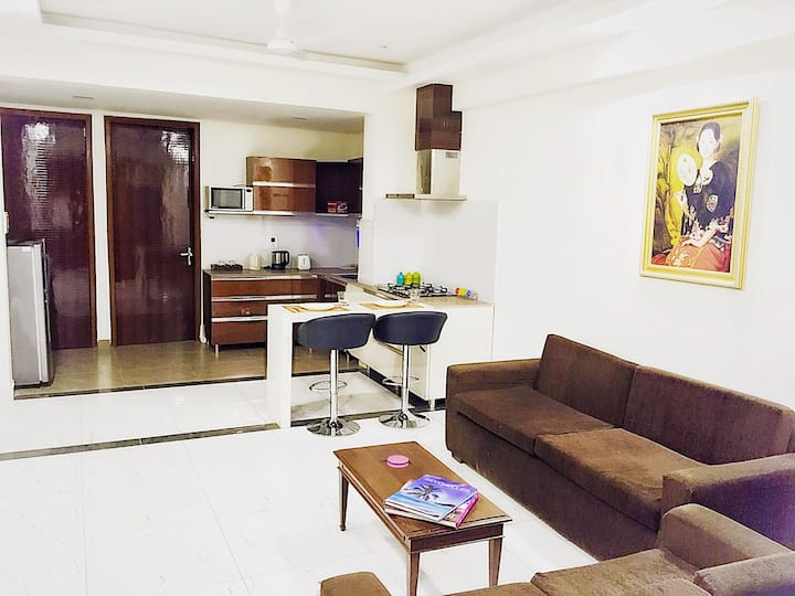 2 BHK Apartment near Airport: Apartment 171