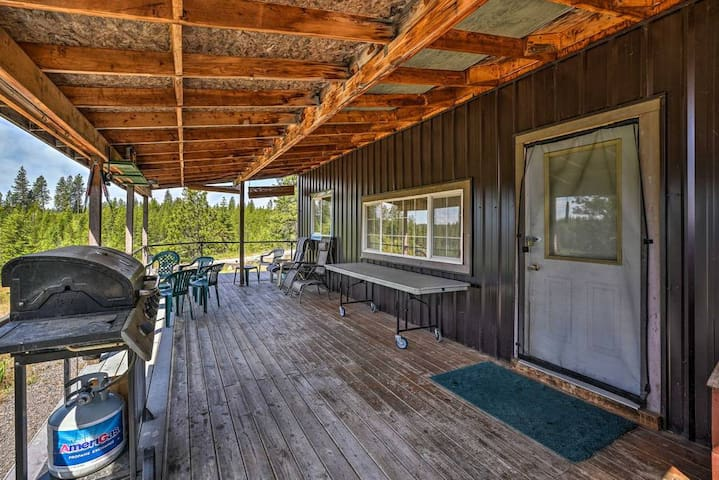The High Road Large Off Grid Cabin