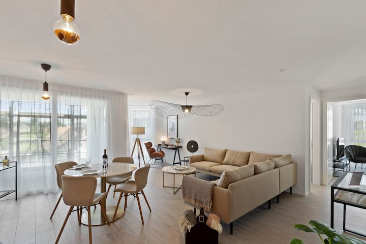 Beautiful & calm 2BR Balcony for 4 people