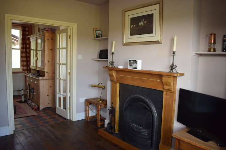 LATE DEAL: Character cottage, Pembrokeshire coast