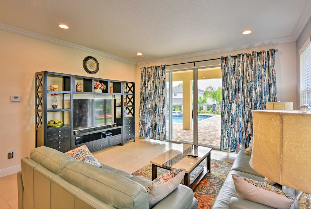 With 8 bedrooms and 8 bathrooms, there's no shortage of space!
