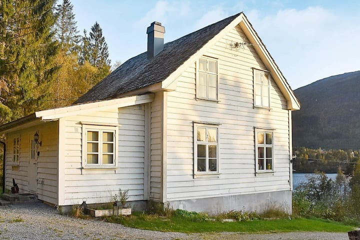 8 person holiday home in Førde