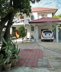Big House in the downtown of Sattahip