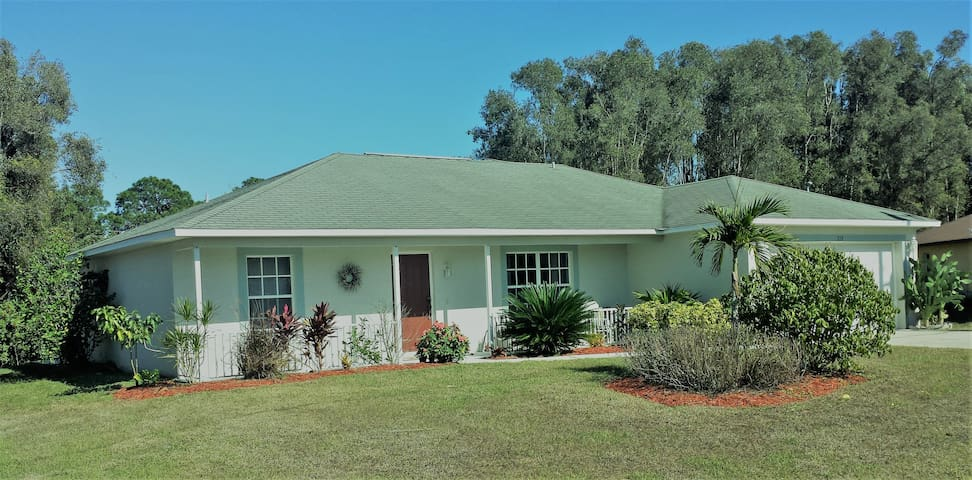 Relax  and Enjoy Sunny South West Florida! - Fort Myers - House