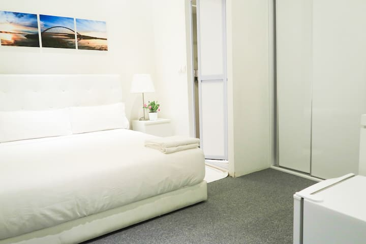 New En-Suite BR @ Orchard Area/ CBD