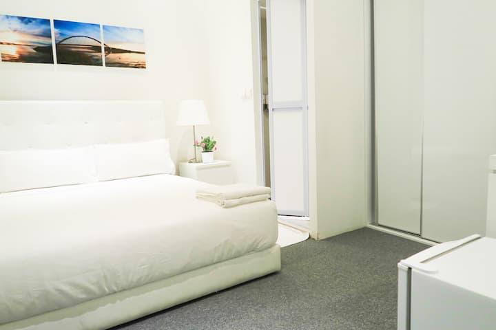 New En-Suite BR @ Orchard Area/ CBD