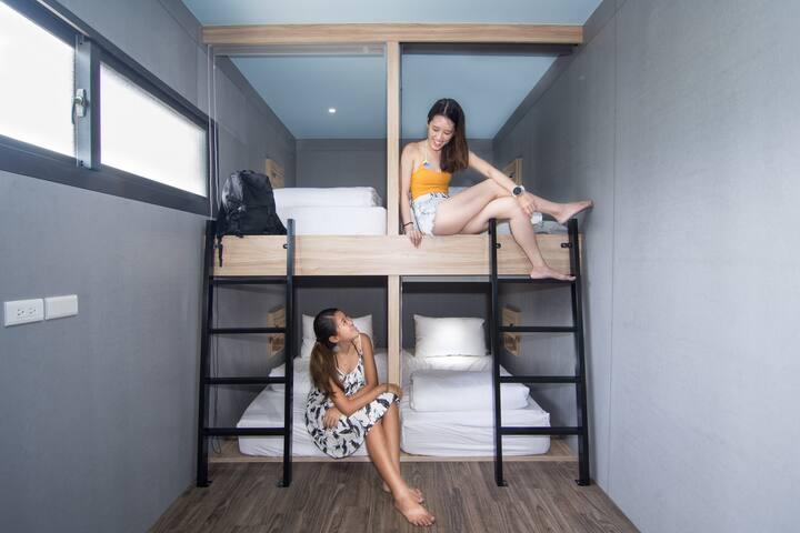 混合8人房(1) 8 bed mixed dorm