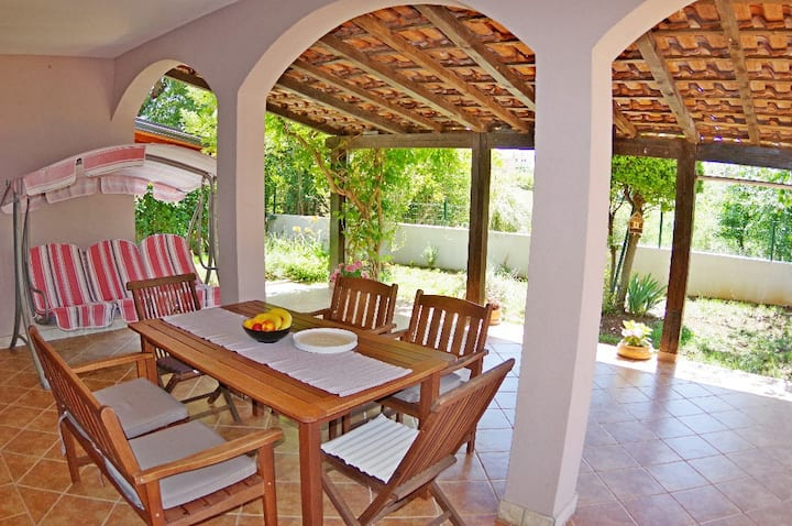 Holiday apartment Luciana, 900 m from the beach