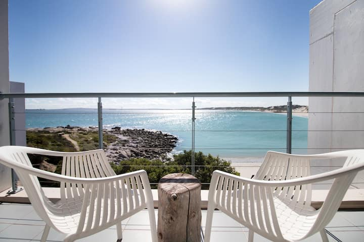 Studio Langebaan- on the beach!