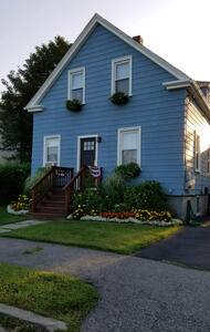 Upscale Boho Cottage in Downtown Bristol