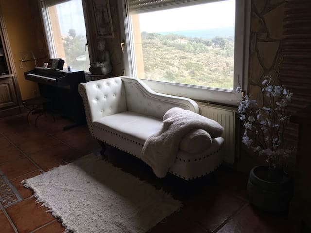 Large bedroom sea views wifi Denia