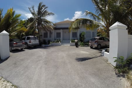 Grace Bay - New Semi Detached House - Talo