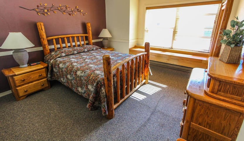 Spacious bedroom! - Jackson Hole Towncenter
