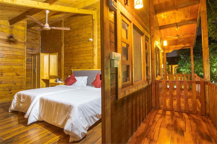 Brown Town- Himalayan Suites
