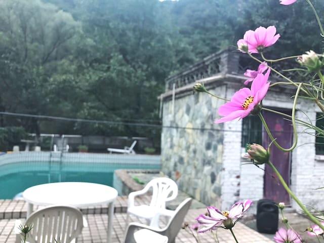 平谷天云山石林峡闲庭雅院最美民宿两室一厅—内涵盖较多房源照片,详情请咨询