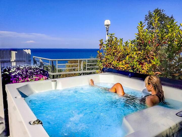 Exclusive Suite - Outdoor Heated Jacuzzi and Sauna