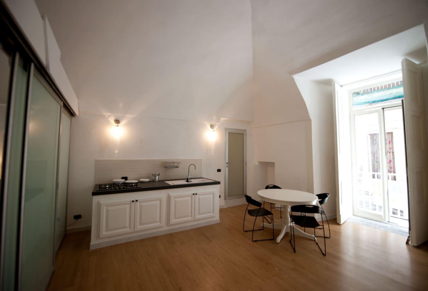 zona soggiorno cucina