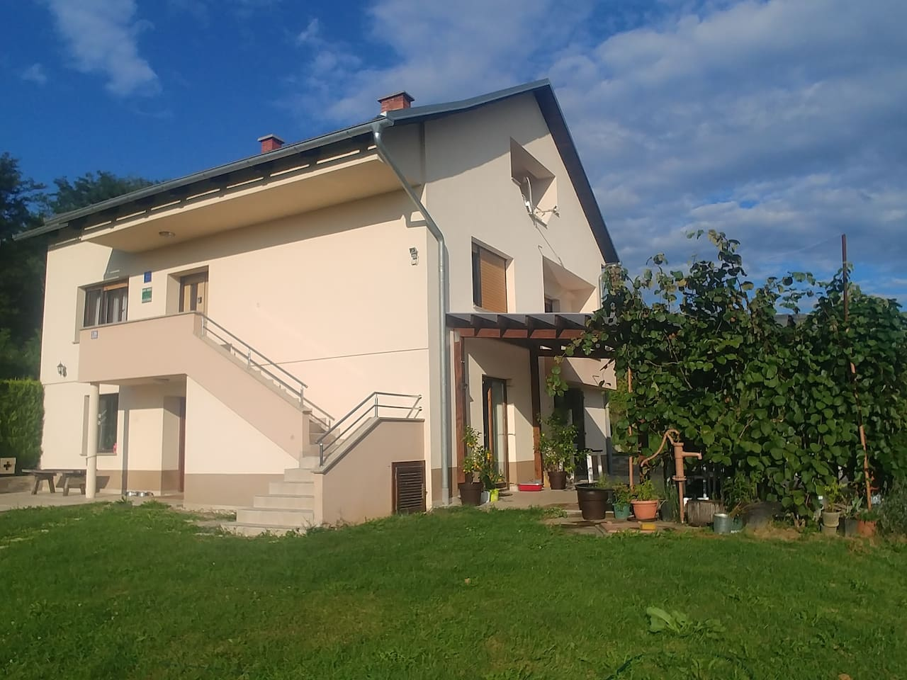 house, first floor is completely apartment Arena,  www.apartmanarena.hr