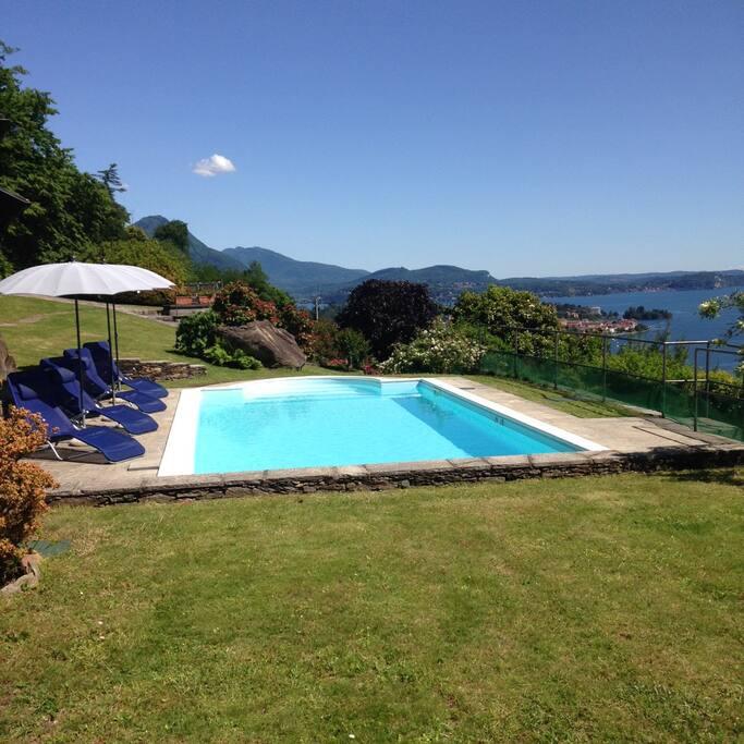 pool romantic nido