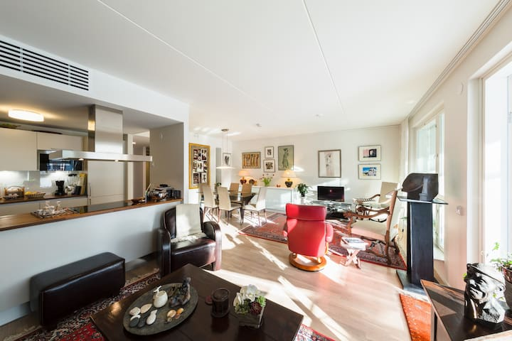 Classy home 15 minutes from Helsinki City Centre