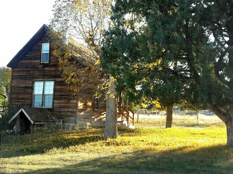 Three Cedars Cottage in Spring City, UT