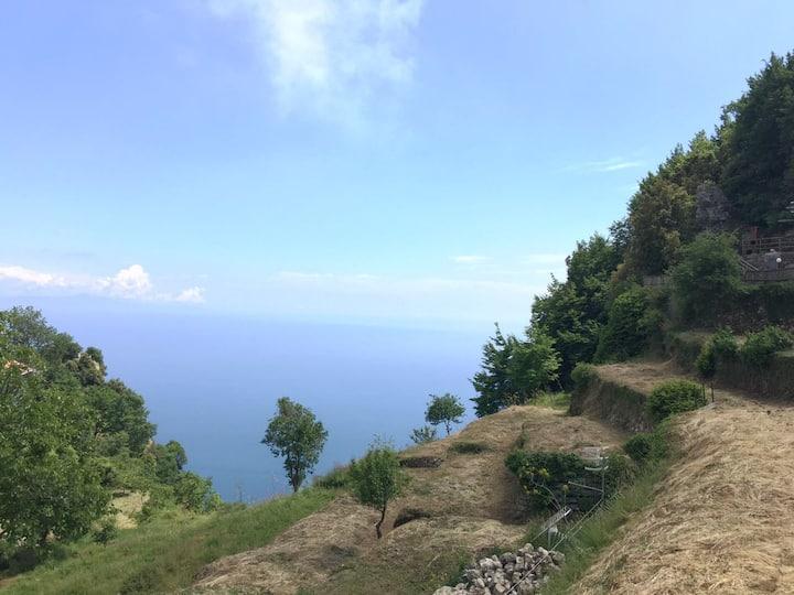 A due passi dalla costiera