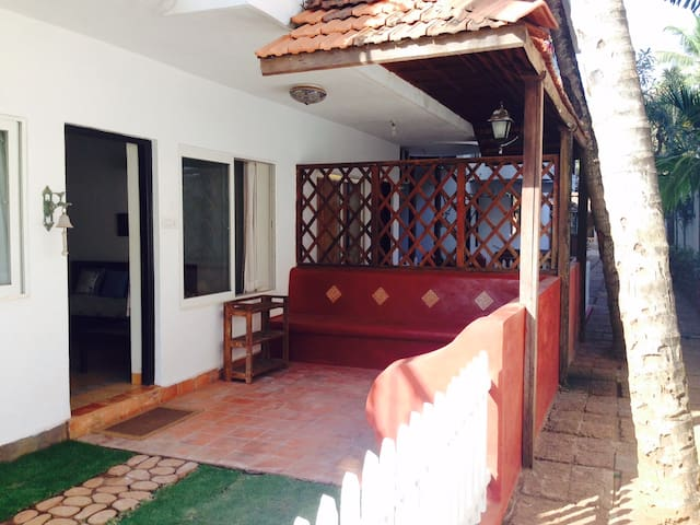 One Bedroom Apartment with Terrace - Saligao - Apartamento