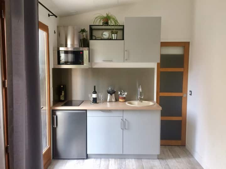 Cosy Home, 20 min to city-center