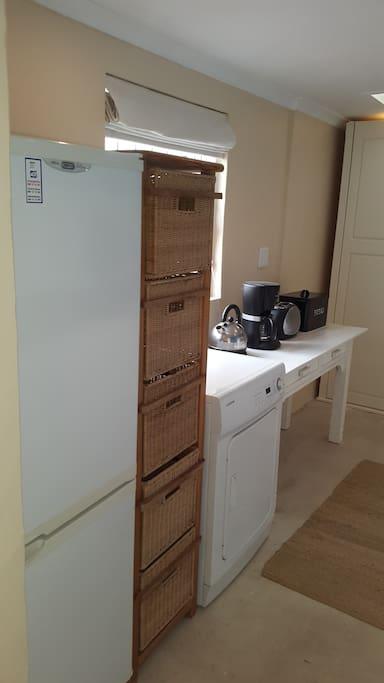 Kitchen Appliances & Tumble Dryer