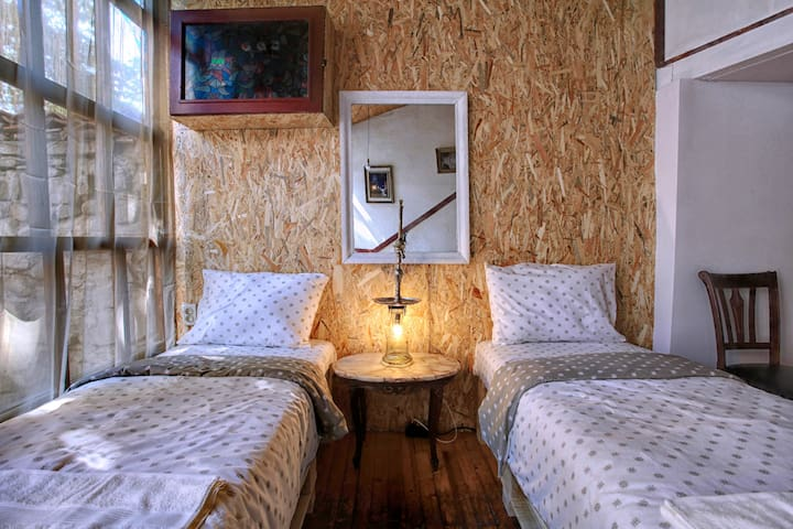 Romantic House for TWO - HOUSE ANCIENT PLOVDIV - Plovdiv - Guesthouse
