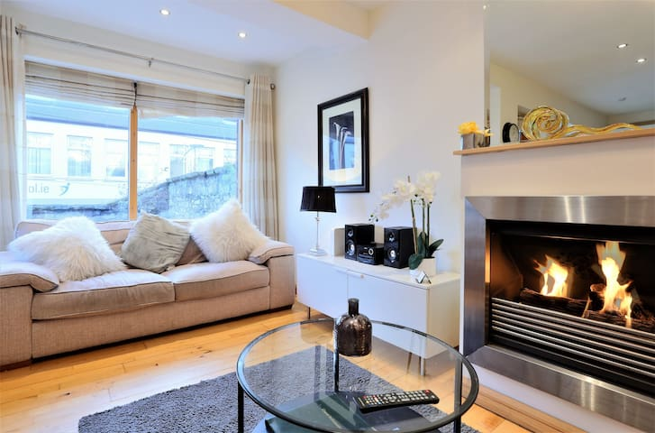 Luxury Hideaway Mews, in the Heart of Dublin