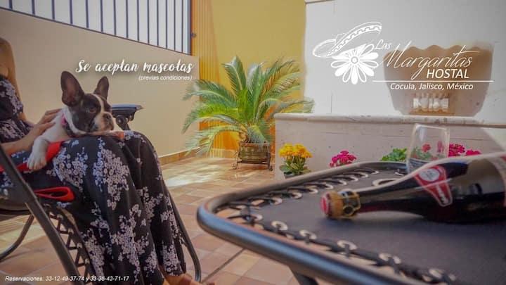 Las Margaritas Hostal Cocula 2