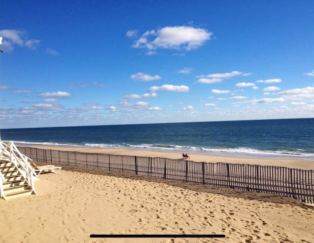Oceanfront & private balcony at the Royal Atlantic