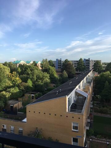 Ruim appartement aan het Hoornsemeer/centrum