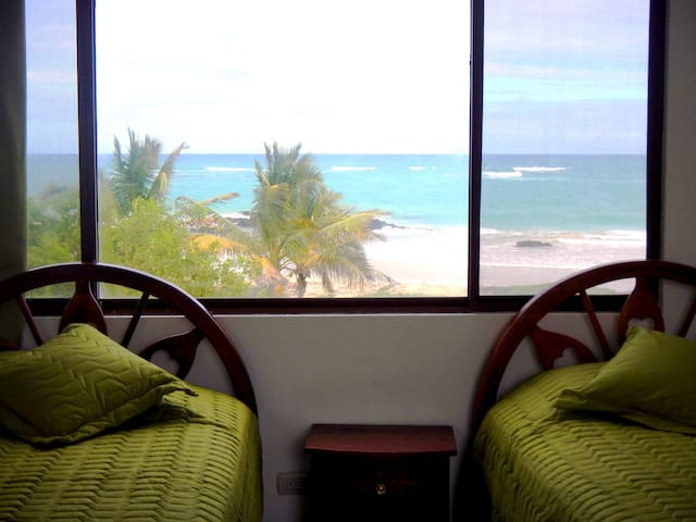 Habitación Escalecia, vista al mar - Puerto Villamil - Other