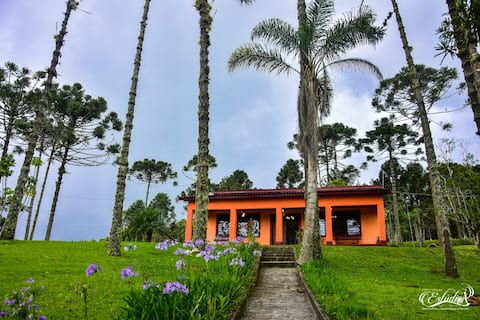 Chalé para Casal Villa Boa Vista - 1 hr de SP