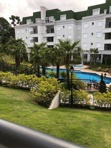 Apto Duplex Novo na melhor localização de Campos