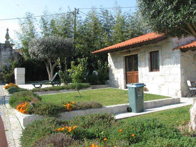 Casa Correio 6 T3 - Darque - House
