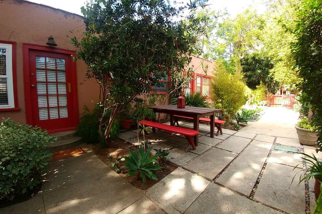 Beautiful courtyard to relax, dine and converse. Totally private and quiet.