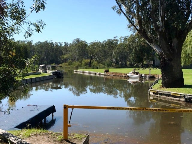 Affordable Bundalong Waterfront (Murray River)