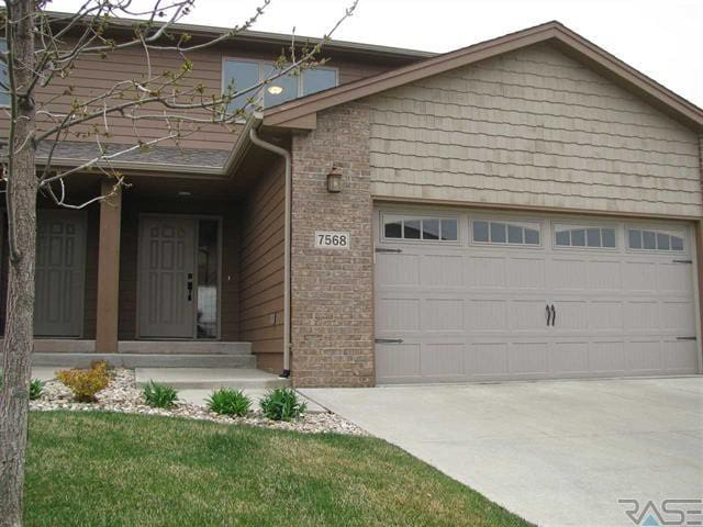 Unfurnished2bd/3.5 br townhome in GREAT LOCATION!