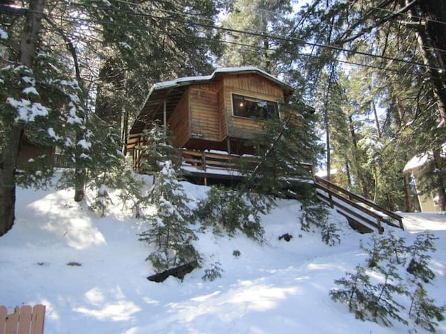 Running Springs Big Bear Cabin by the month
