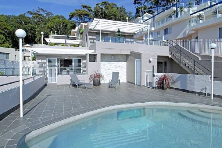 Terraces On Sea, Terrigal.  Contact free entry.