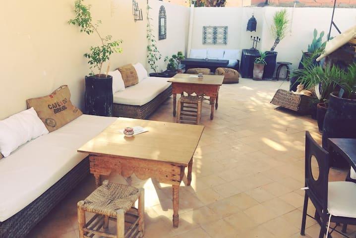 Riad Nejma Lounge - Chambre Rose Indien
