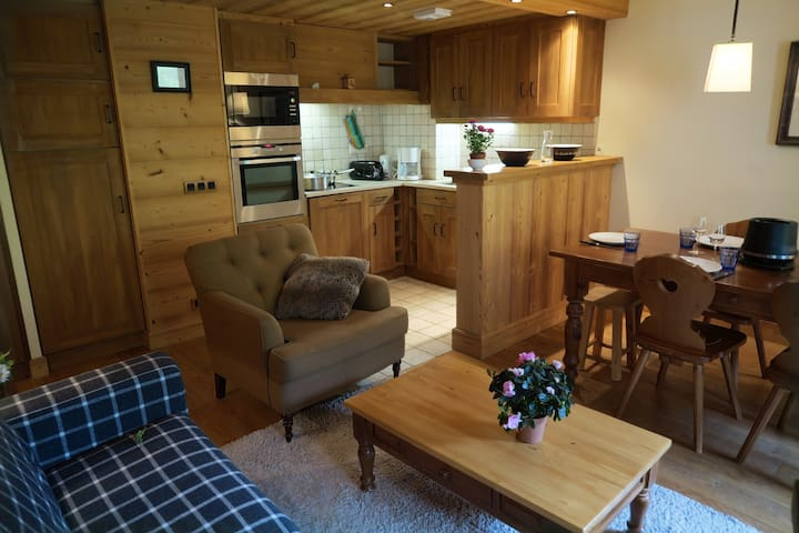 VAL D'ISERE - AQUILA - 2  cabinrooms for 6 people